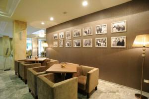 RECEPCIJA HOTEL BRDO (8)
